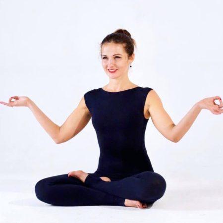 Курс тренировок по йоге Онлайн 8 тренировок