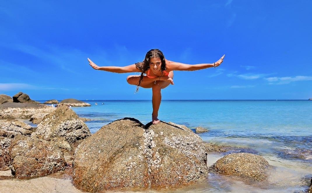 Йога тур в Крыму Веронтка Тулаева тренер по йоге