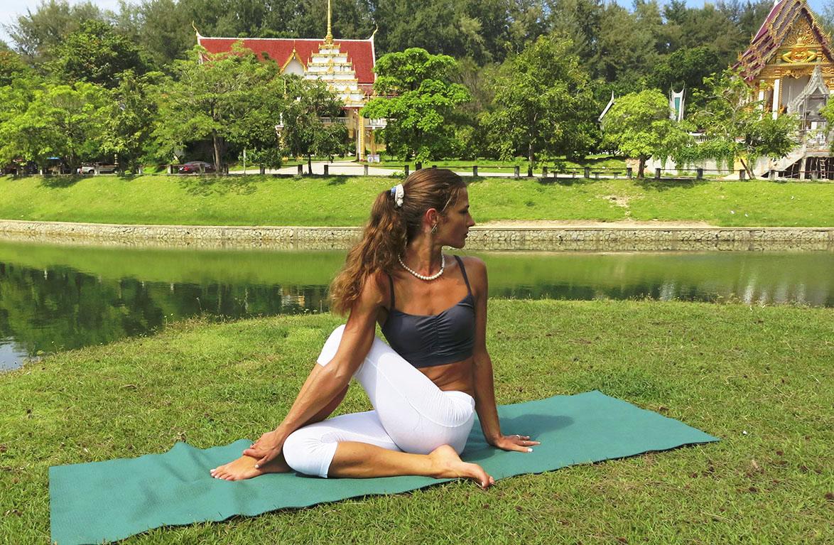 С чего начать заниматься йогой. Вероника Тулаева. Йога 23 Yoga23 Пхукет